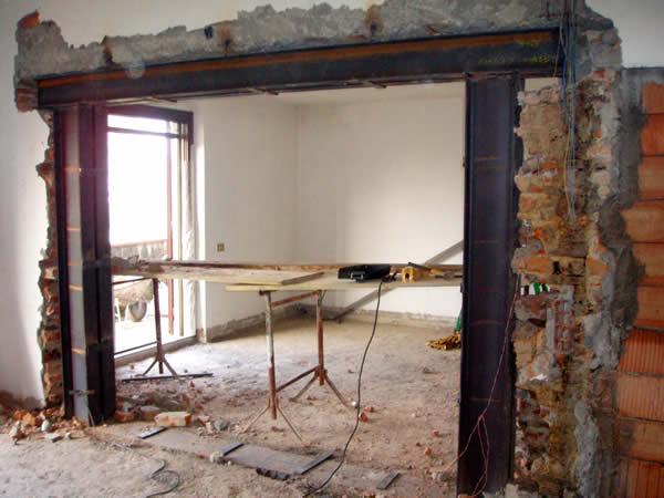 Strutture in acciaio studio tecnico moricci - Aprire una porta in un muro non portante ...